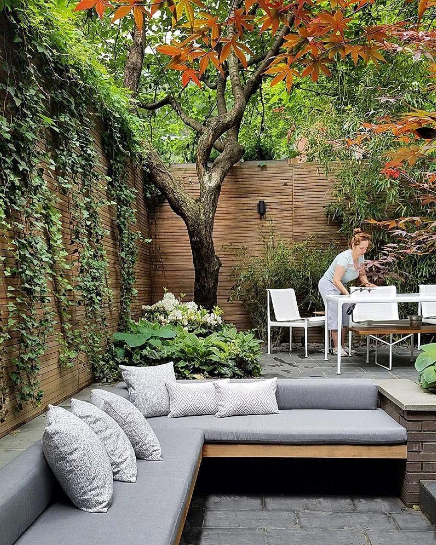 Gorgeous Winter Garden Ideas