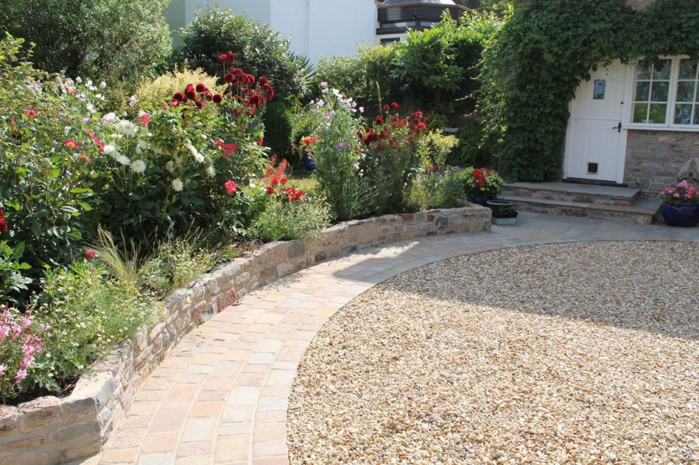 Fantastic  front garden ideas with driveway