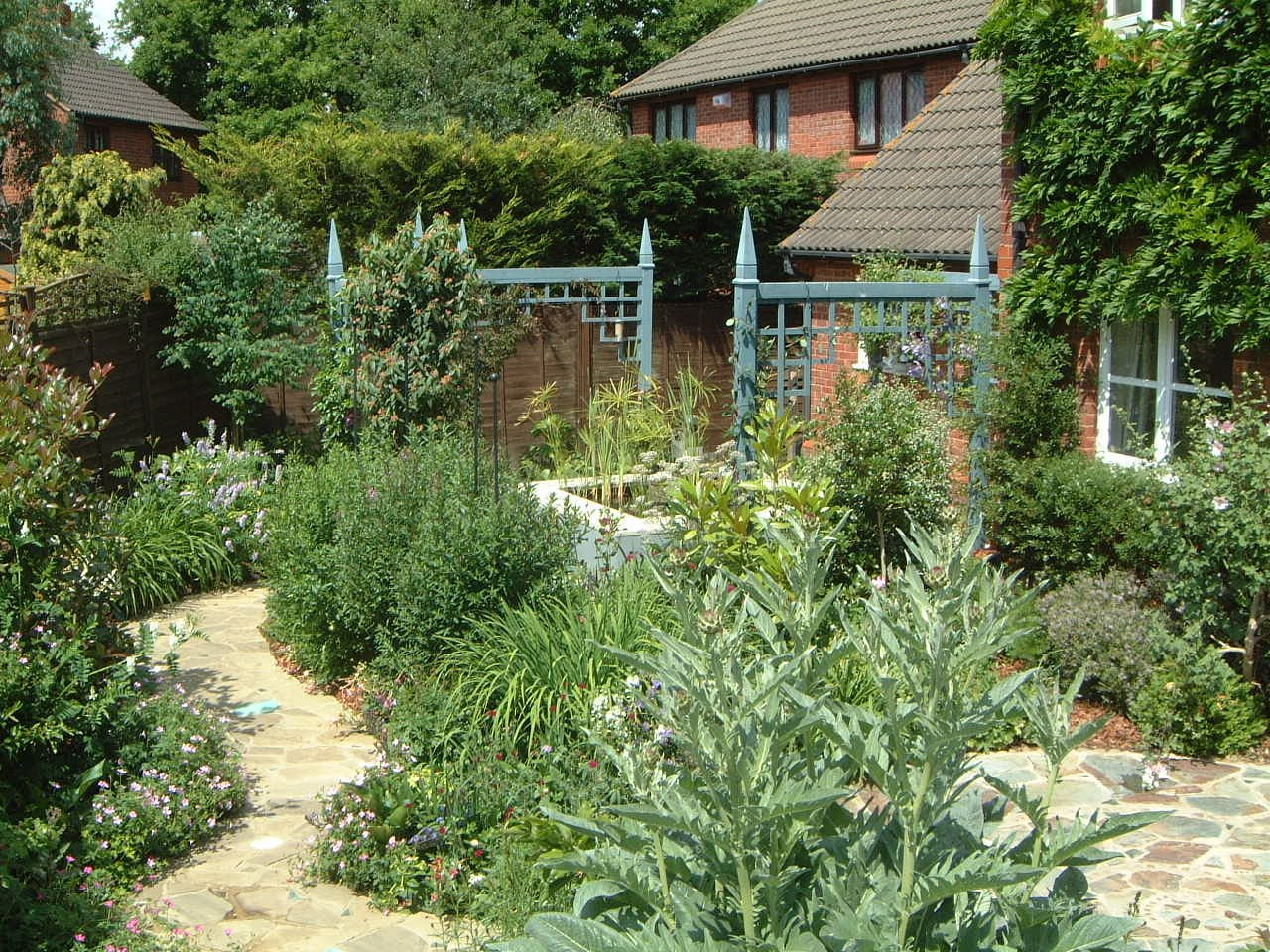 Gardens can work without grass