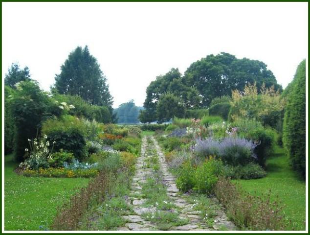 2007-07-14 02.25.00.jpg- Dream Garden- Doe Run
