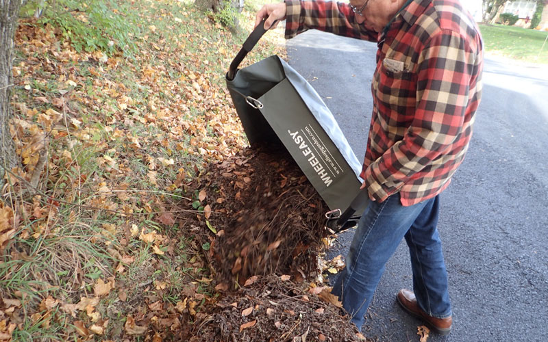 Allsop WheelEasy dumping