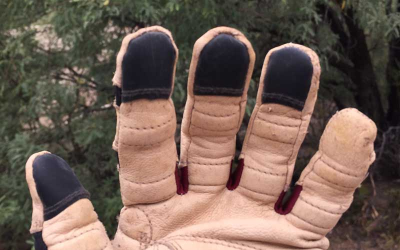 silicone tips on Bionic ReliefGrip garden gloves