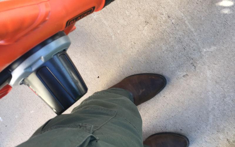 Black & Decker Sweeper motor side to left leg