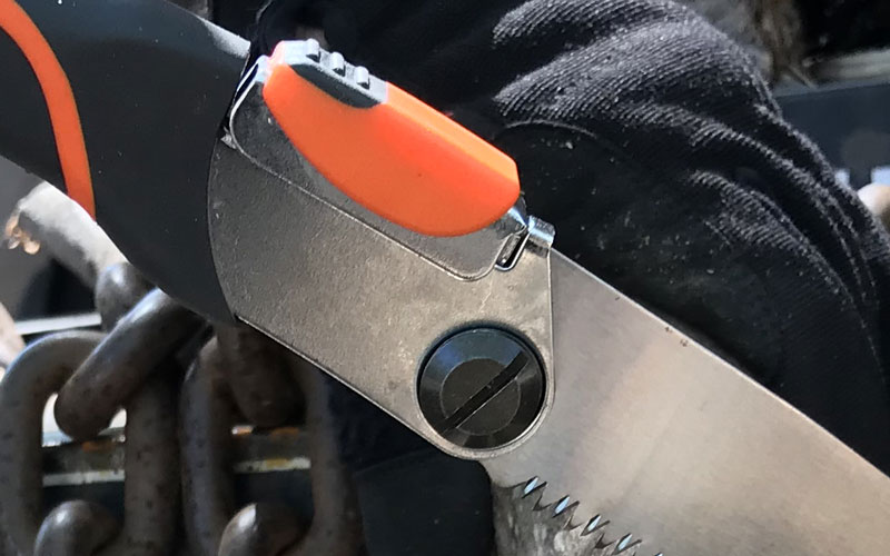 Gardeners Supply Folding Saw screw and thumb lever
