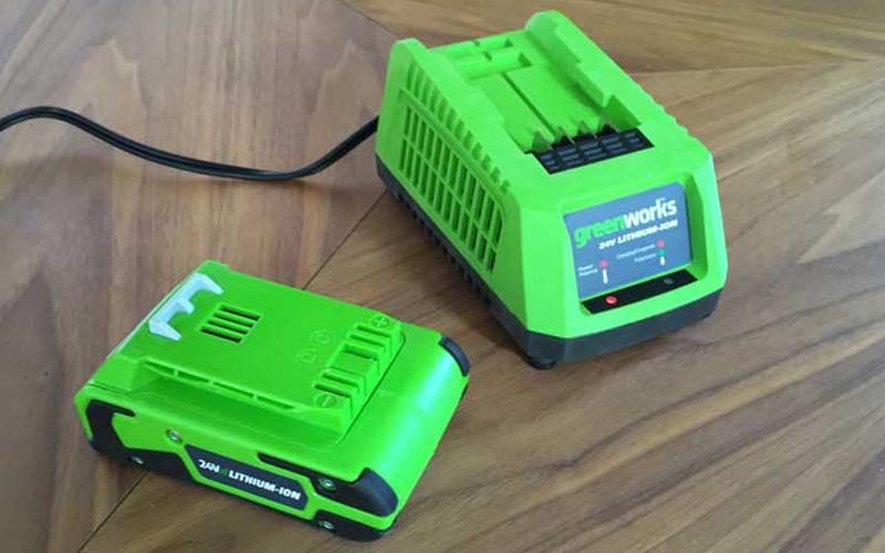 Greenworks 24V Cordless String Trimmer 21342 Battery Package
