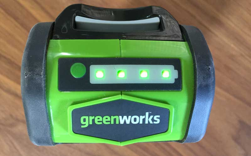 Greenworks Chainsaw battery with LED