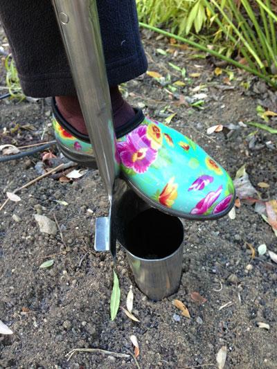 Joseph Bentley - wide treads on the bulb planter
