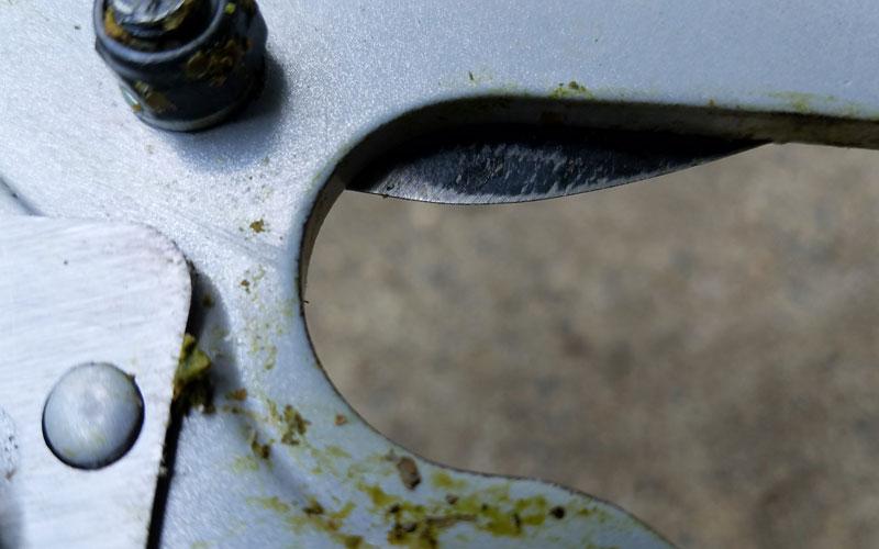 Corona pruner close up blade