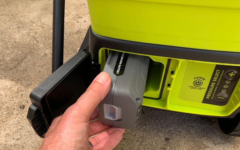 Sun-Joe-Cordless-Pressure-Washer-battery-installation