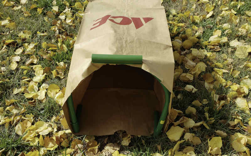Leaf Gulp II for use with paper leaf bags