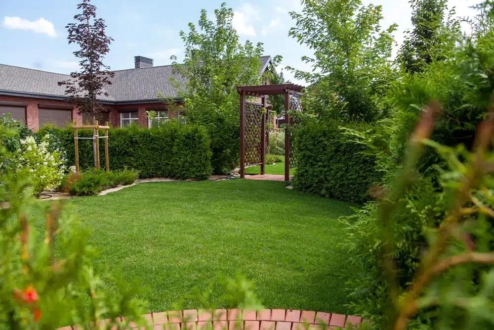 23 Super Cool Backyard Garden Ideas on Cool Backyard Patio Ideas id=35383