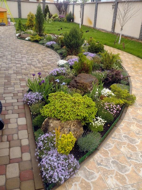 18 impressive garden decor ideas to beautify your yard on Small Front Yard Rock Garden Ideas id=57249