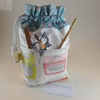 Drawstring Project Bag with Outside Pockets