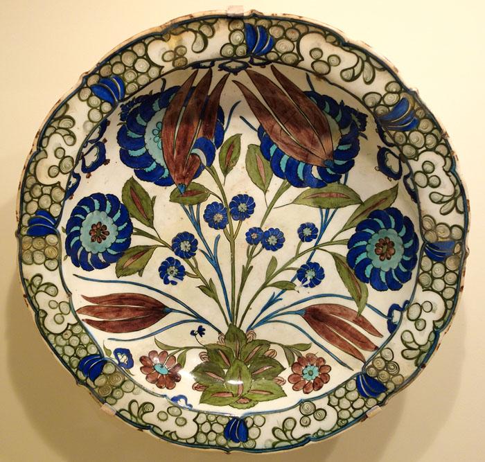 декоративныя тарелка тюльпаны пионы