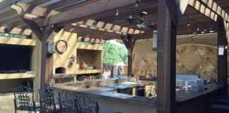 Outdoor Sink: Creating an Awesome Outdoor Kitchen