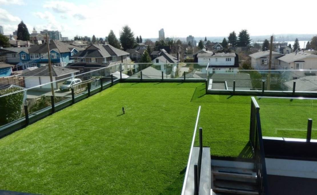 Grass Terrace Rooftop Garden