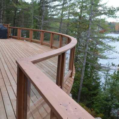 curved-glass-rails-decks
