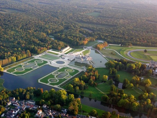 Chantilly Overview