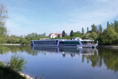 Amelgro River Ship