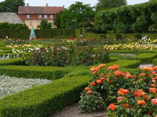 Rose garden of Rosenborg Castle, Copenhagen