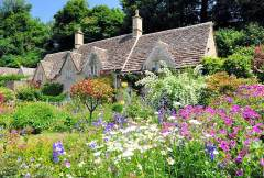 English Country Cottage and Gardens in Cotswolds
