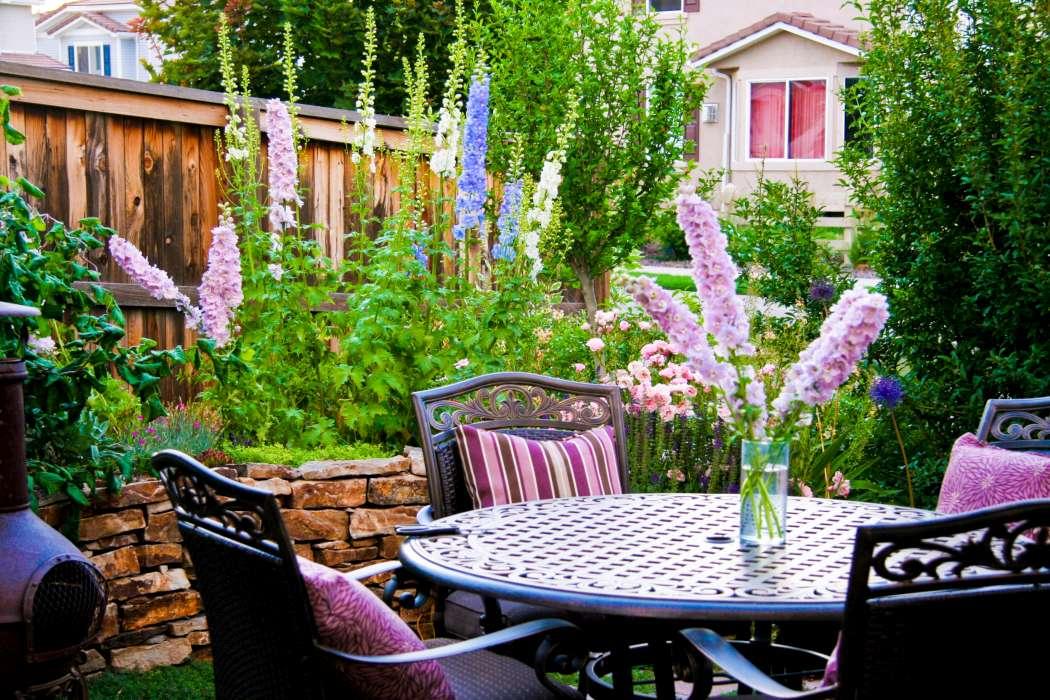 Photos | Breathtaking Rocky Mountain Gardens, Patios and ... on Mountain Backyard Ideas id=30663