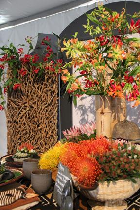 This Zimbabwe-t.hemed flower display caught the eye of GWA members
