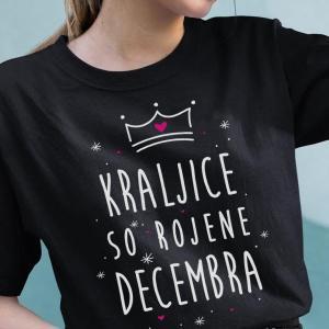 Kraljice so rojene decembra, majica