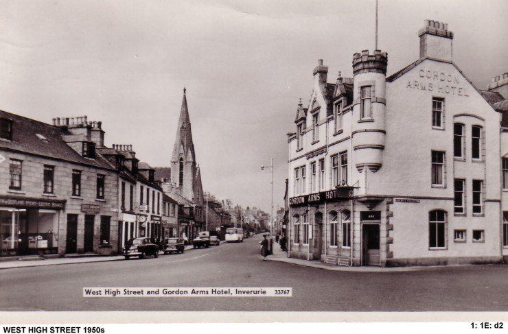 1 1E d2 West High St lookong West 1950 from Gordon Arms Hotel.jpg