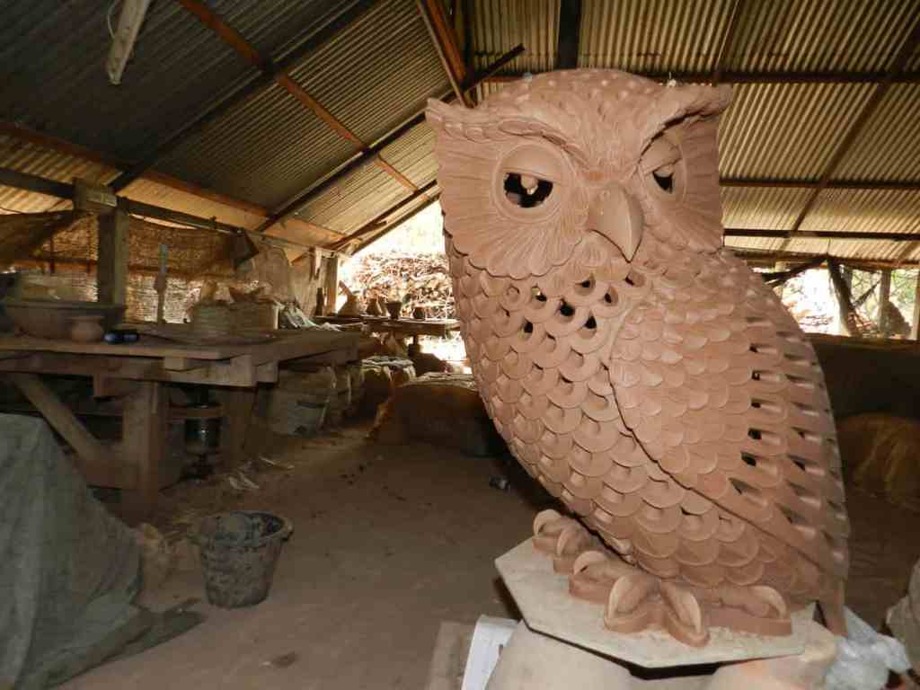 Unfired  owls. The Owl is one of the standard forms in Dankwian
