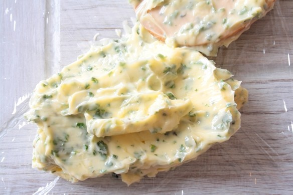 10 minutes, Homemade Garlic Butter is way healthier than the shop bought alternatives. Add your favourite herb to it and enjoy!