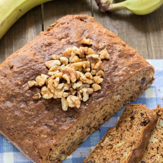SIMPLY DELICIOUS BANANA BREAD
