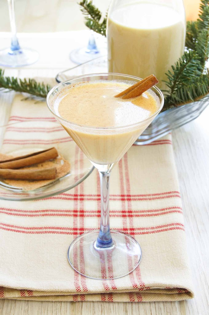 Ponche De Crème is the drink to celebrate Christmas in true Caribbean style. Easy rum, milk & egg cocktail recipe ready in minutes.