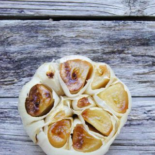 How to roast garlic and stay healthy all year