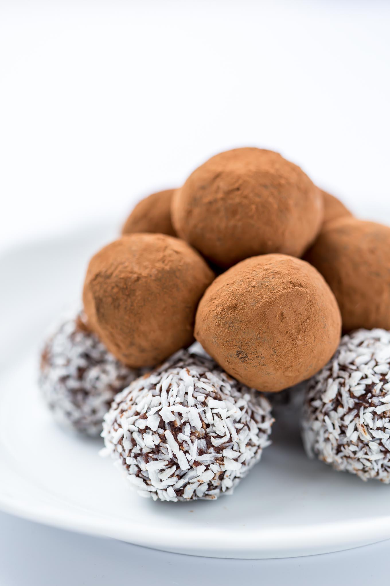 BLACK GARLIC CHOCOLATE TRUFFLES   GARLIC MATTERS