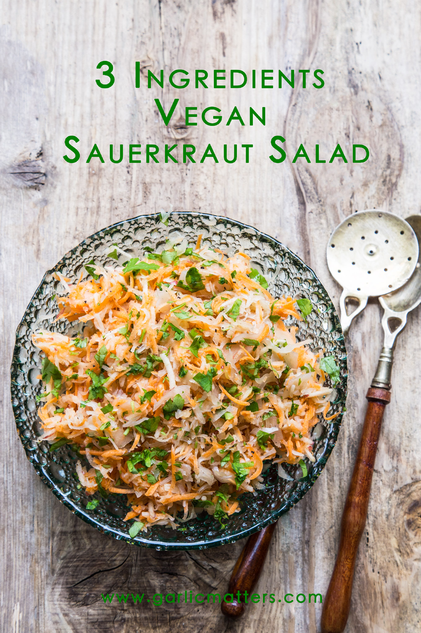 Vegan sauerkraut salad recipe - sweet and sour, healthy, probiotic combination. 10 min, 3 ingredients.