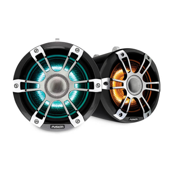 Fusion® Signature Series 3 Marine Wake Tower Speakers 7.7