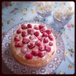 Midsummer - traditional to make and eat strawberry cake!