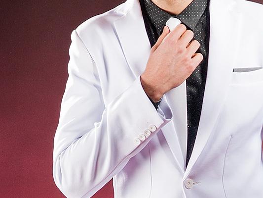 Garnitur ślubny: z sieciówki czy szyty na miarę?