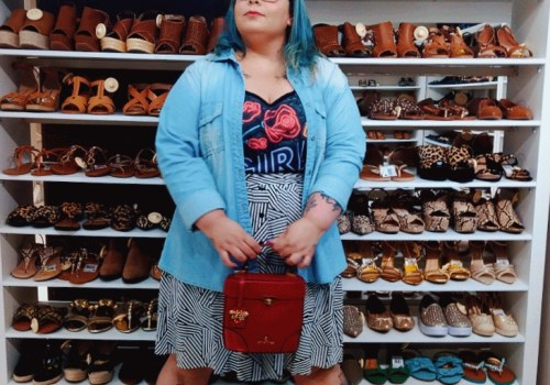 Descombinando sapato e bolsa
