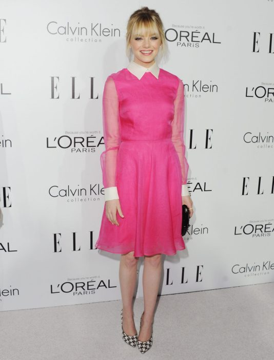 Actress Emma Stone ELLE Women In Hollywood, vestido rosa