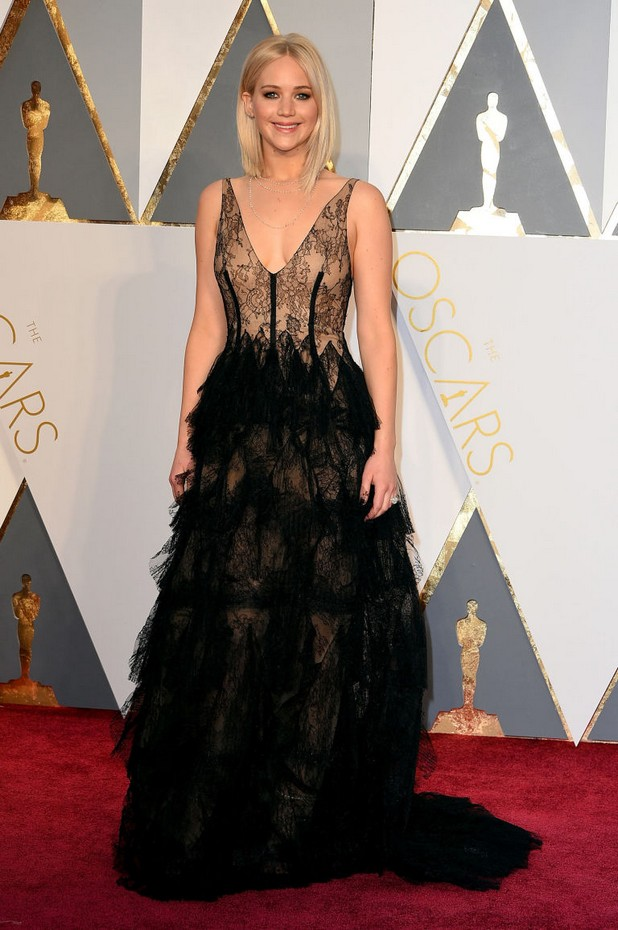 oscars-2016-jennifer-lawrence