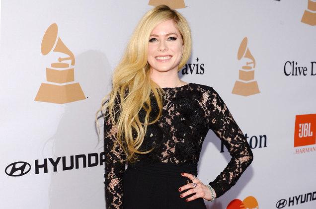 Avril-Lavigne-libriana-famosa