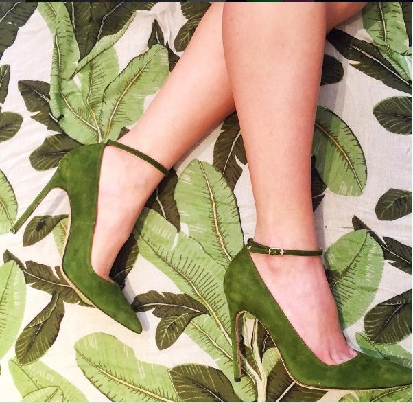 manolo-blahnik-shoe