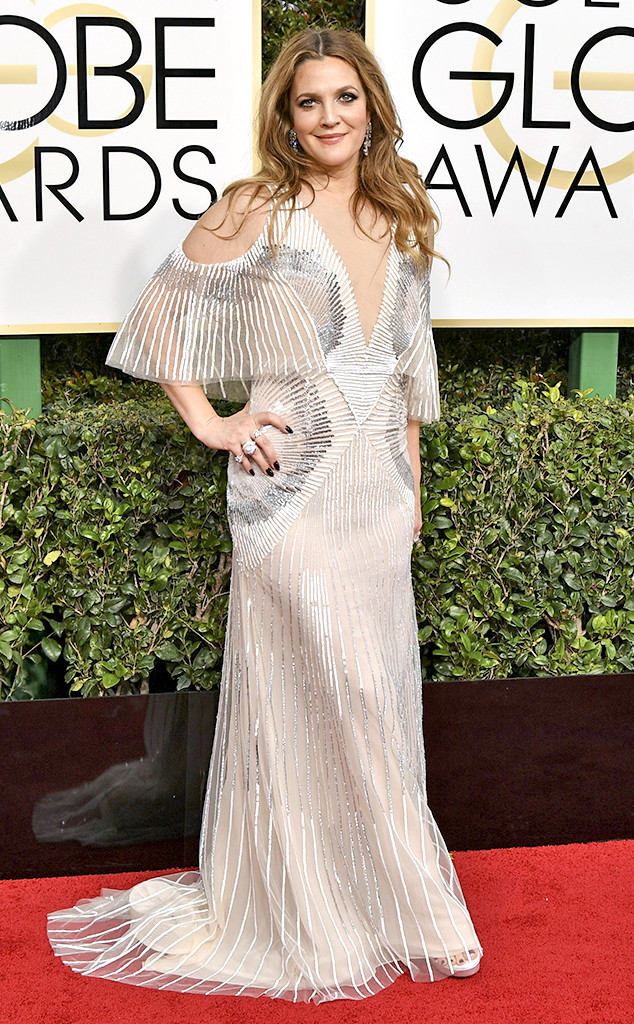 634x1024-drew-barrymore-Golden-Globe-Awards