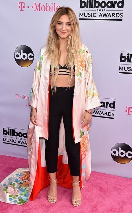.Julia-Michaels-Billboard-Music-