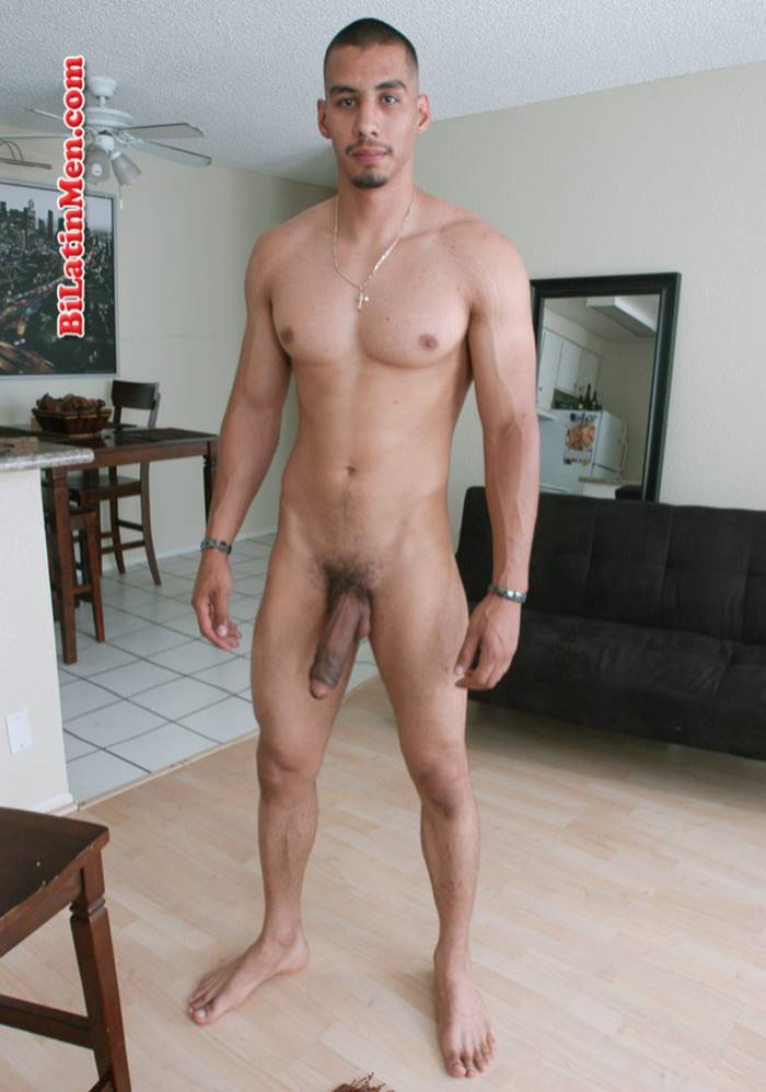 latino pelado