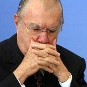 Ao não precisar de advogado Sarney revela como funciona a Justiça brasileira