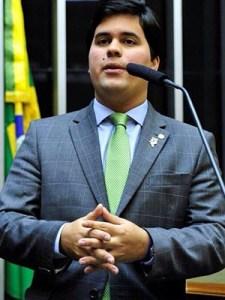 André Fufuca e Alberto Filho: deputados maranhenses votaram contra cassação de Eduardo Cunha