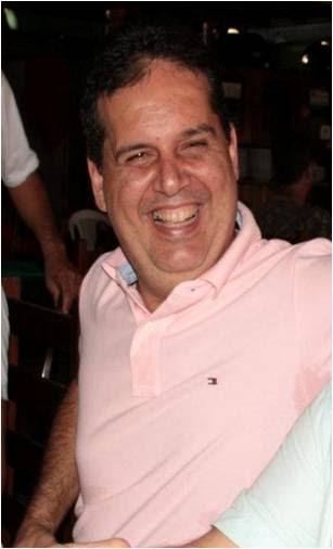 Gilberto Aroso rir à toa , enquanto pode, depois da decisão de Rachid
